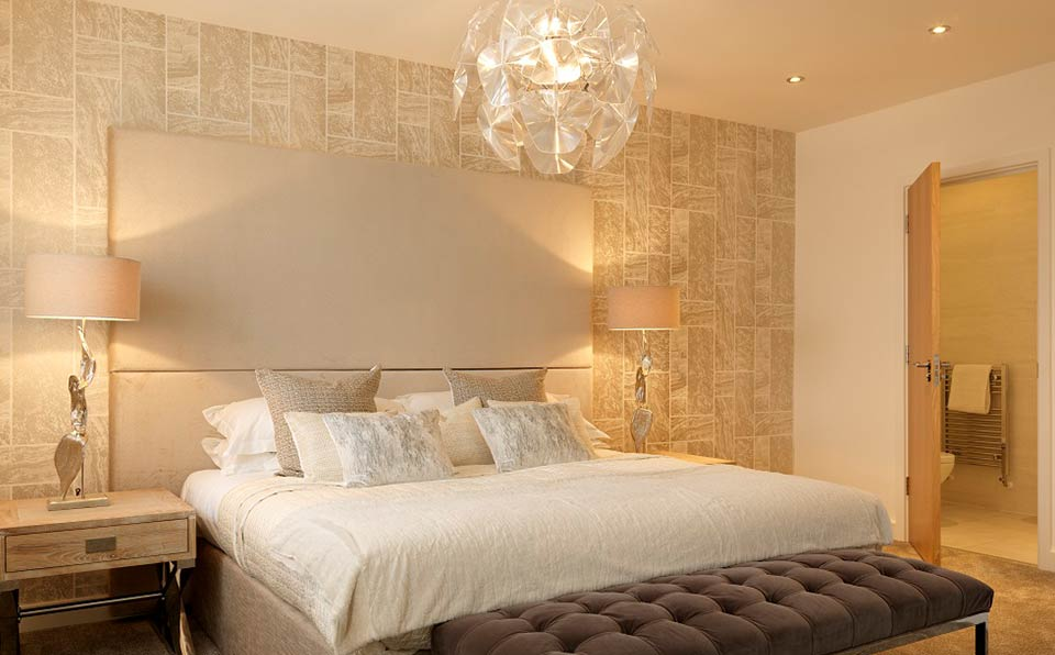 Valencia master bedroom